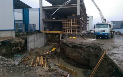 Промишлени сгради и метални халета (6)